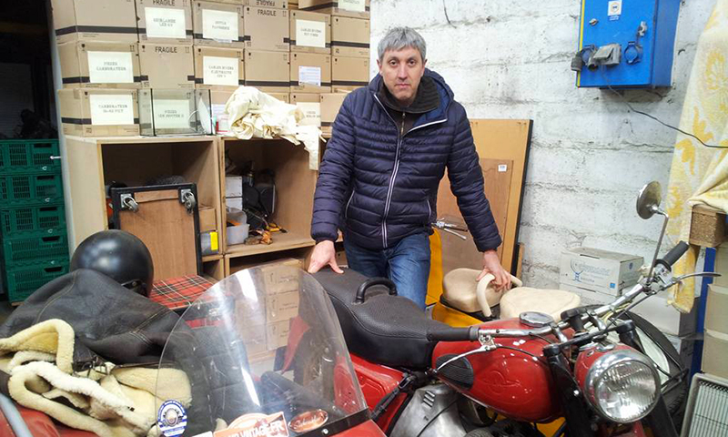 Olivier Rouliat, créateur du Vintage Club, organisateur de l'exposition de véhicules anciens