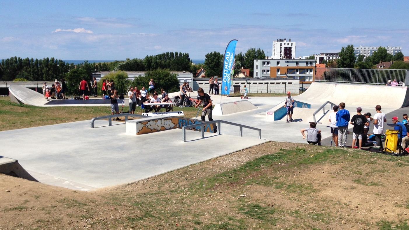 Outreau un nouveau skatepark inaugur outreau delta fm for Piscine outreau